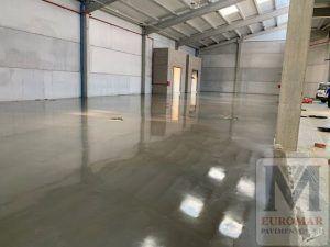almacenes con piso industrial pulido