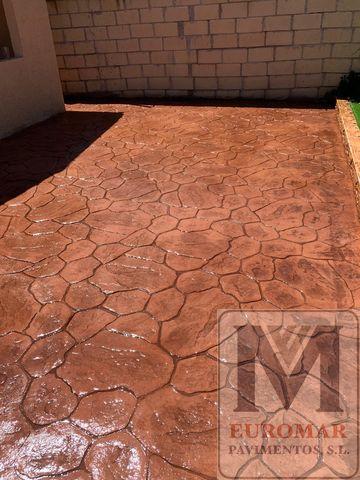 Pavimento impreso marrón